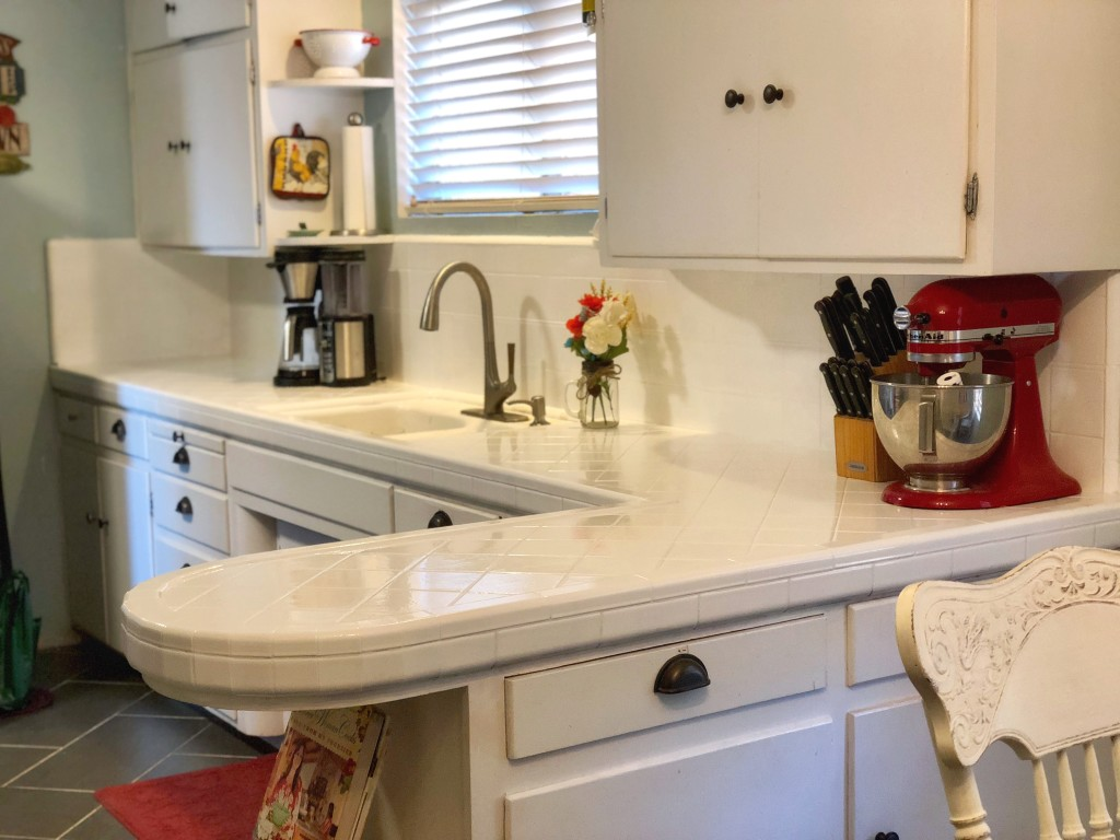 Painted Kitchen Tile White